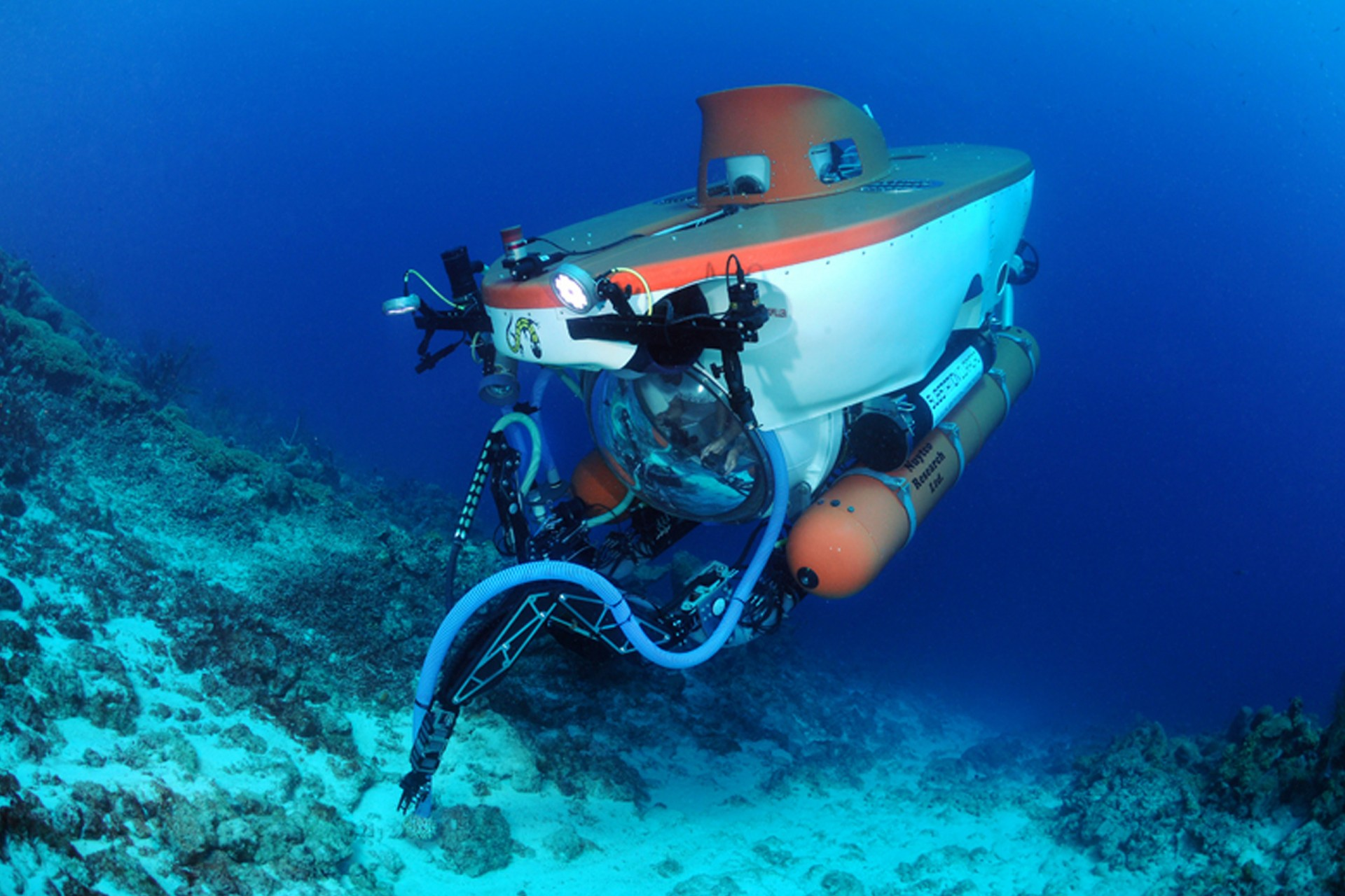 The Deep Reef Observation Project (DROP) at the Smithsonian uses this wo/manned submersible