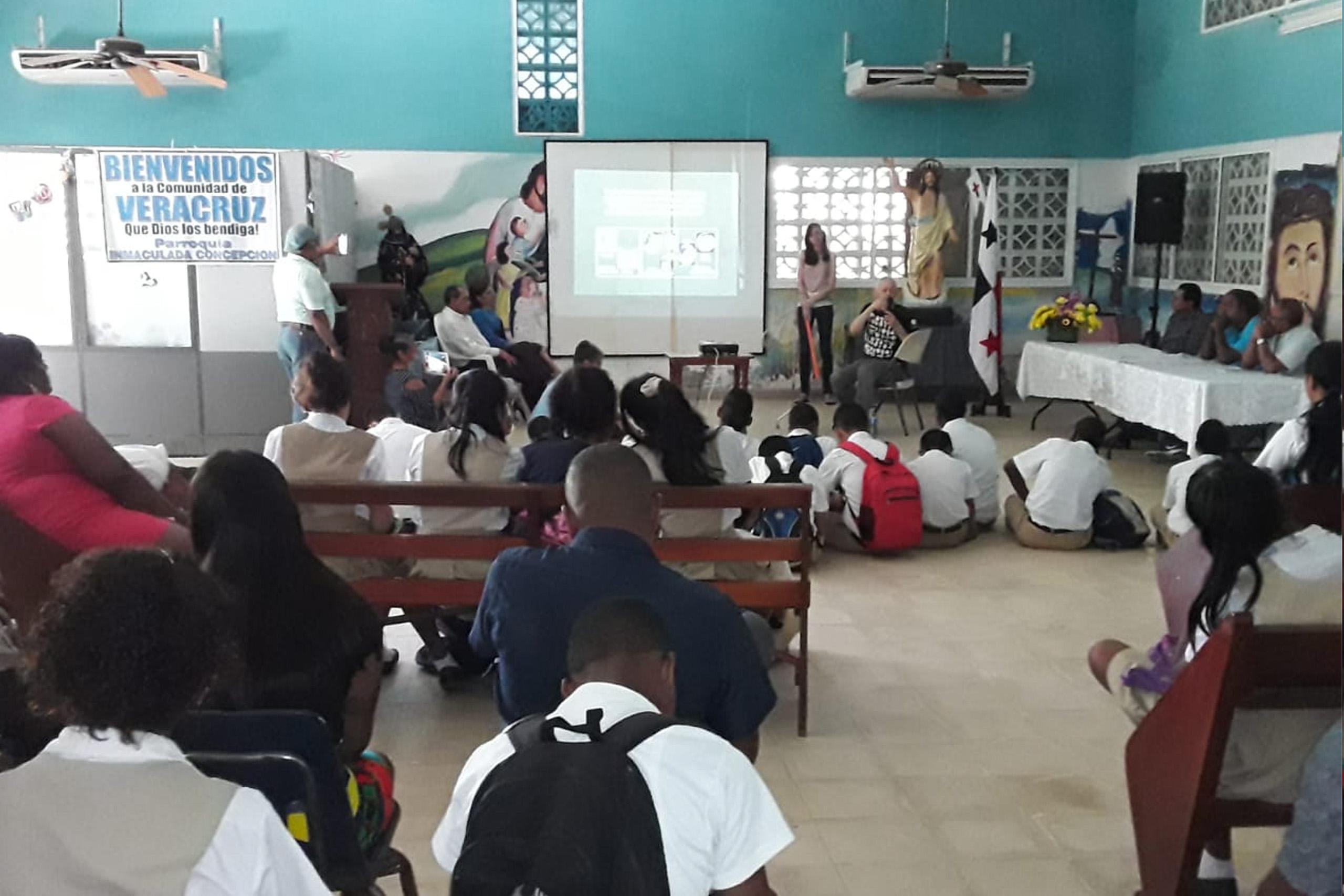 The presentation was regarding the important pre-Columbian cemetery located in Playa Venado, Veracruz, Panama